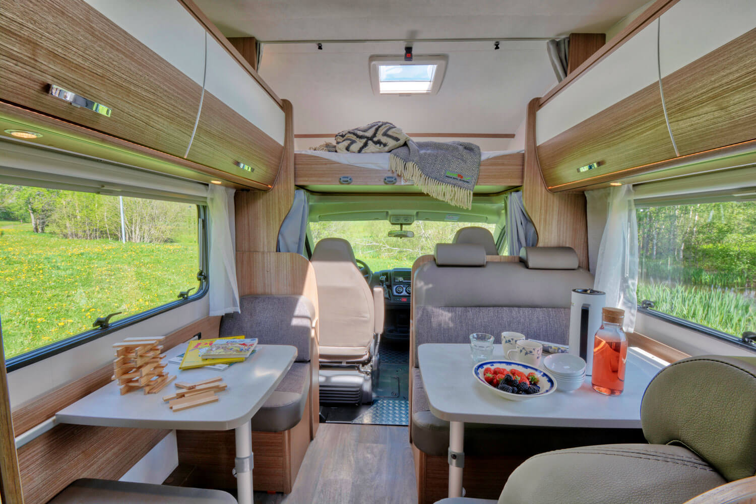 SkandiTrip family plus motorhome great spaces