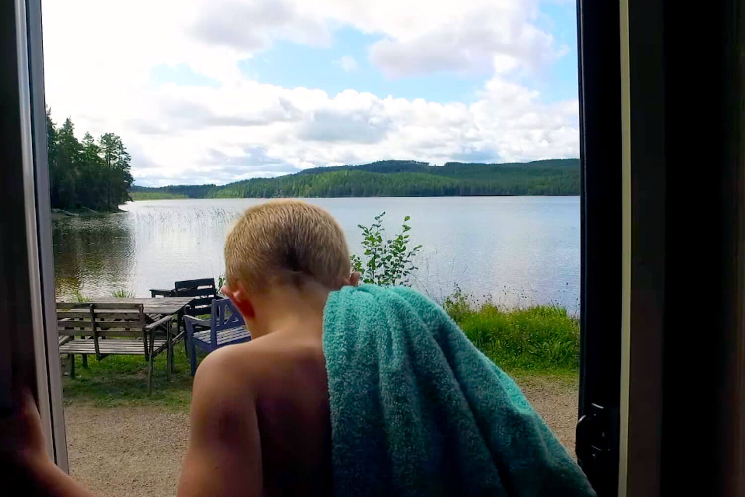 SkandiTrip family plus motorhome bathroom